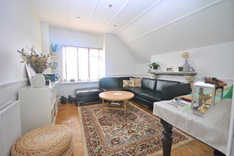 1 bedroom flat to rent - Grove Park Road London SE9