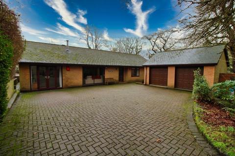 3 bedroom detached bungalow for sale - The Park, Blaenavon, Pontypool
