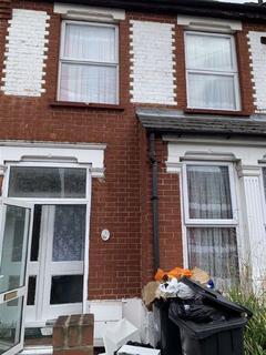 4 bedroom terraced house to rent - Kingsway, London, Enfield