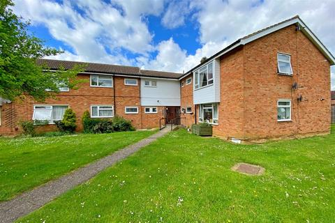 2 bedroom apartment for sale - Canberra Close, Chelmsford