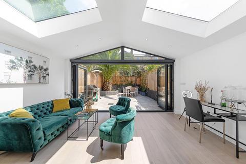 4 bedroom house for sale - Mordaunt Street, SW9