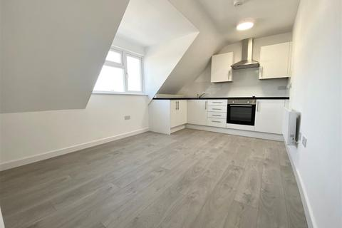 2 bedroom apartment to rent - Thornhill Road, Luton