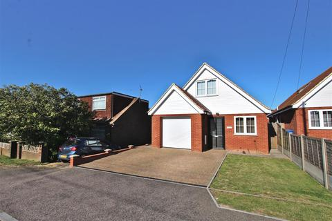 3 bedroom detached house for sale - Cliff View Gardens, Leysdown-On-Sea, Sheerness