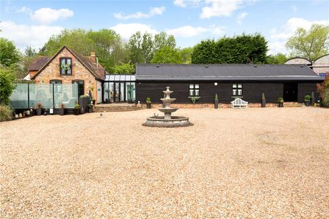 5 bedroom detached house for sale - The Old Barns, Norwood Hill Road, Horley, Surrey, RH6