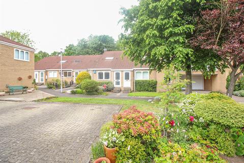1 bedroom semi-detached bungalow to rent - Brandling Mews, Melton Park, Newcastle Upon Tyne