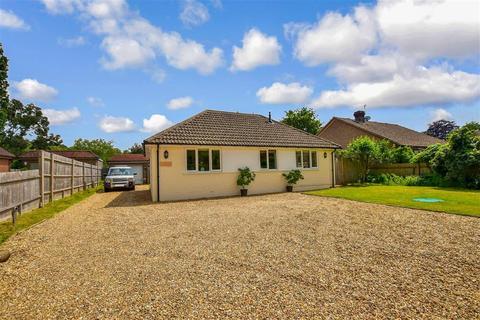 3 bedroom detached bungalow for sale - Sandy Lane, Watersfield, West Sussex