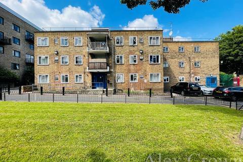 1 bedroom flat for sale - Shacklewell Road, Dalston