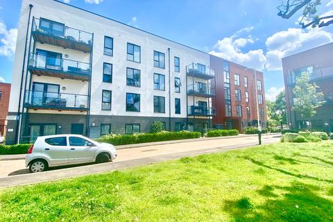 2 bedroom serviced apartment for sale - Flat , Daisy Court, Jackdaw Close, Romford