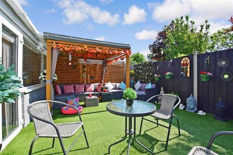 2 bedroom semi-detached bungalow for sale - Northwood Road, Broadstairs, Kent