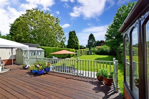 3 bedroom bungalow for sale - Caring Lane, Bearsted, Maidstone, Kent