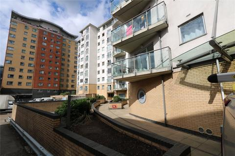 2 bedroom apartment for sale - City View, Centreway Apartments, Ilford, IG1