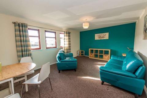 2 bedroom flat to rent - Craigievar Gardens, Garthdee, Aberdeen, AB10
