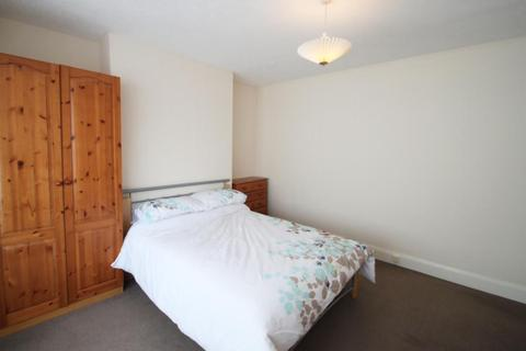 2 bedroom ground floor flat to rent - Rokeby Terrace, Newcastle upon Tyne, NE6 5SU