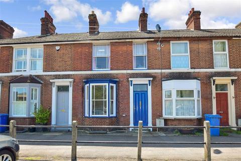 2 bedroom terraced house for sale - Cross Lane, Faversham, Kent