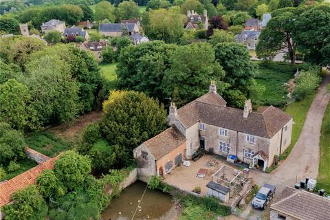 6 bedroom equestrian property for sale - Main Street, Twywell, Northamptonshire, NN14