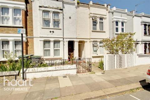 3 bedroom terraced house to rent - Eleanor Road, N11