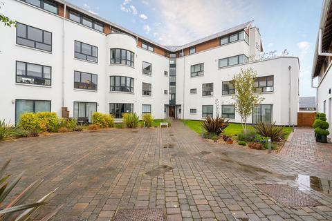 2 bedroom flat for sale - 29 (FLAT 5) BRIGHOUSE PARK CROSS, CRAMOND, EDINBURGH, EH4 6GW