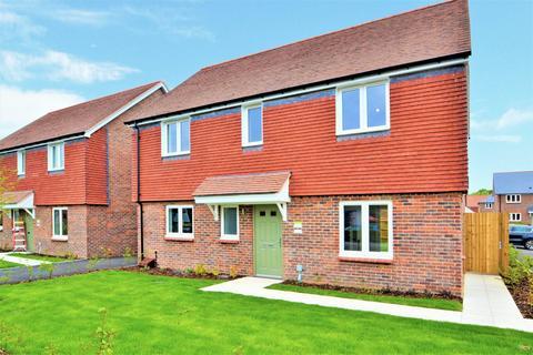 4 bedroom detached house to rent - Abingworth Crescent, Thakeham, Pulborough, West Sussex, RH20