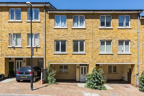 4 bedroom house to rent - Pancras Way, Bow, E3