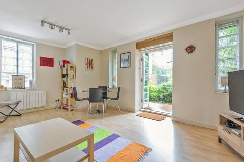 2 bedroom flat for sale - Timbrell Place, Surrey Quays