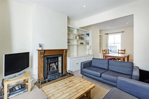 4 bedroom terraced house to rent - Inworth Street, SW11