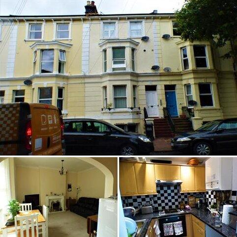 2 bedroom flat for sale - Pevensey Road, Eastbourne BN21