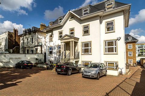 2 bedroom flat to rent - High Street, London, N8