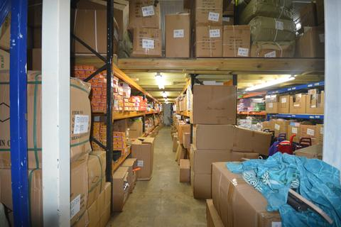 Warehouse to rent - Adrienne Business Centre, Southall UB1