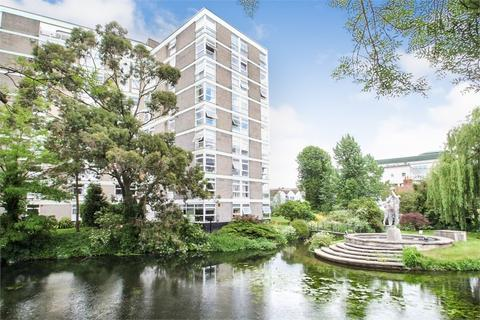 2 bedroom flat to rent - Denham Lodge, Oxford Road, Denham, Uxbridge, Buckinghamshire