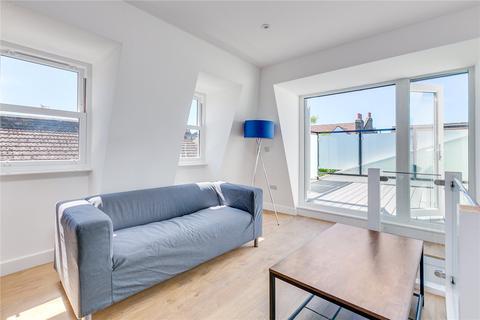 2 bedroom apartment to rent - Stapleton Road, London, SW17
