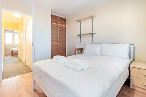 3 bedroom apartment to rent - Randolph Gardens, London, NW6