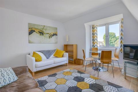 2 bedroom flat for sale - Chiswick Lane, Chiswick, London