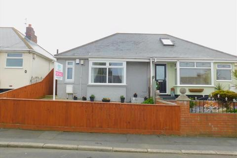 2 bedroom semi-detached bungalow for sale - HARDWICK STREET, BLACKHALL, Peterlee Area Villages, TS27 4LT