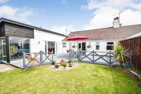 3 bedroom semi-detached bungalow for sale - Penrhyn Park, Penrhyn Bay