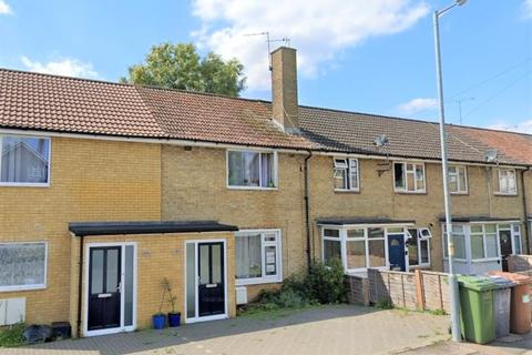 2 bedroom terraced house to rent - Chace Avenue, Potters Bar