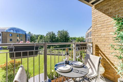 1 bedroom apartment for sale - Smeaton Court, Hertford, Hertfordshire, SG13