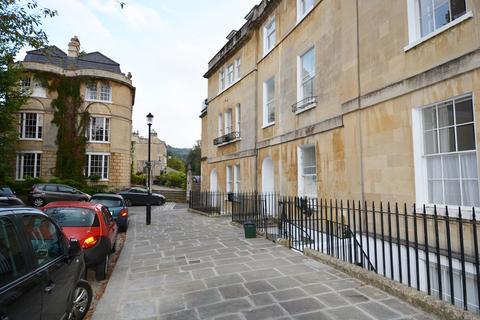 2 bedroom flat to rent - Widcombe Crescent - Garden apartment