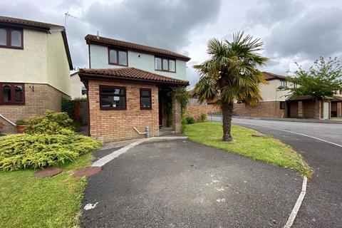 3 bedroom detached house for sale - 8 Woodstock Gardens, Pencoed, Bridgend, CF35 6ST