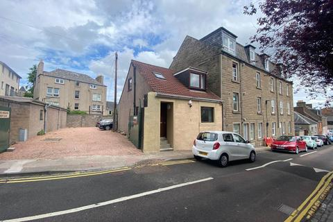 4 bedroom house to rent - 6 Seafield Road, ,