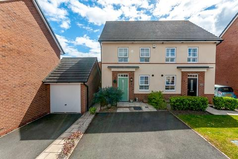 3 bedroom semi-detached house for sale - Leighton Drive, St Helens, WA9