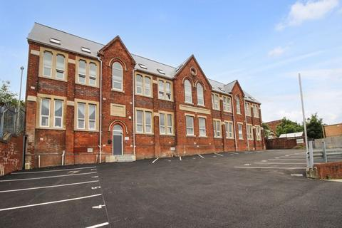 2 bedroom apartment to rent - Clifton Street, Swindon