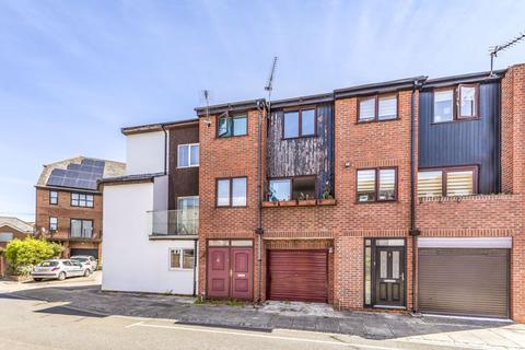 4 bedroom townhouse for sale - Onslow Road, Southsea