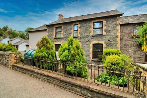 3 bedroom semi-detached house for sale - Glangrwyney, Crickhowell