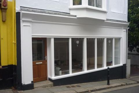Shop to rent - Totnes