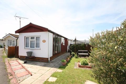 1 bedroom mobile home for sale - Clacton Road, Frating, CO7