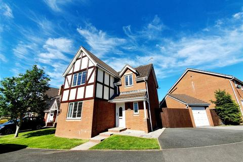 4 bedroom detached house for sale - Cae Castell, Loughor, Swansea