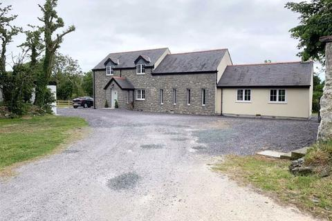4 bedroom detached house for sale - Llansadwrn, Anglesey, LL59