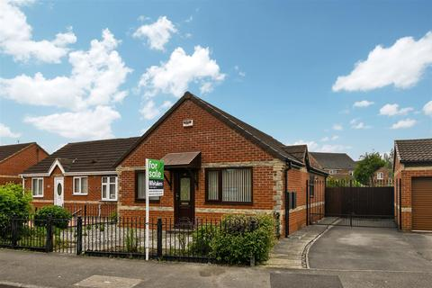 2 bedroom detached bungalow for sale - East Grove, Hull