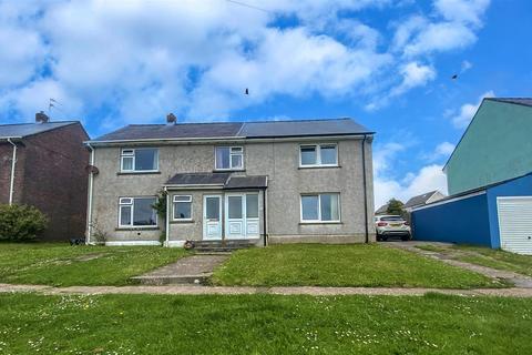 3 bedroom semi-detached house for sale - Stranraer Road, Pennar, Pembroke Dock