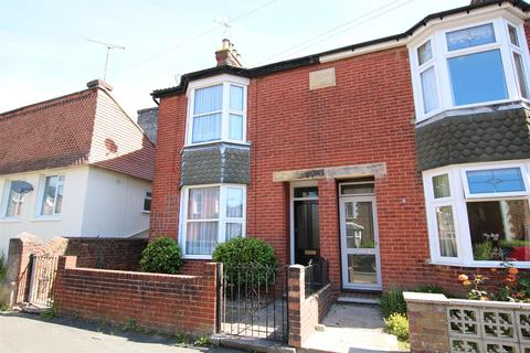3 bedroom semi-detached house for sale - Percy Road, Horsham